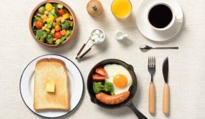 お手軽朝ごはんで一日をパワフルに! 実はダイエットにもつながる?!